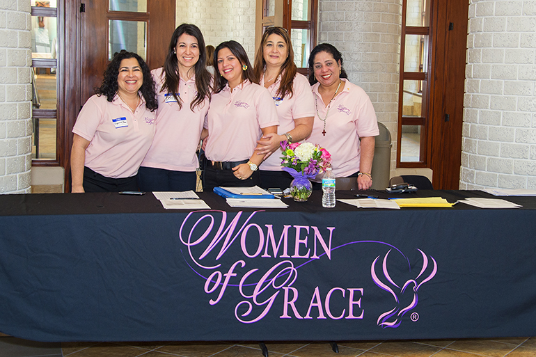 Welcoming participants to the Women of Grace conference, from left: Olgamarie Tañon, Yuli Perez, Carolina Fernandez, Belkys Borro and Millie Muños.