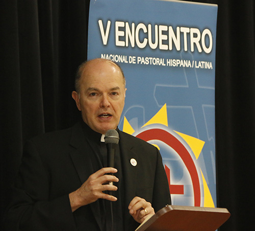 Father Alejandro Lopez-Cardinale addresses V Encuentro delegates during the archdiocesan celebration of the V Encuentro Oct. 7 at Immaculate Conception's Mercy Hall in Hialeah.