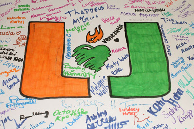 UCatholic students created a prayer poster board signed by students during orientation week at the University. The UCatholics and Fr. Phillip Tran will pray for those students and their intentions.