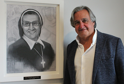 Augusto Vidaurreta was part of the original batch of Centro Mater latchkey kids that Mother Margarita Miranda Otero invited in from the streets. Fifty years later, he sits on the Centro Mater Foundation board of directors.