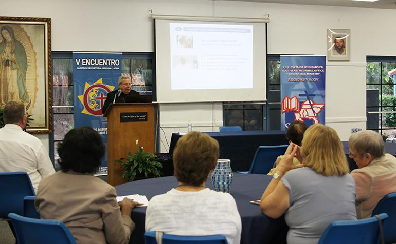 Como parte de la celebración del 40 aniversario del Instituto Pastoral para los hispanos del Sureste de La Florida, SEPI, se realizó una charla sobre la Nueva Evangelización a cargo del Secretario de Consejo Pontificio para la Promoción de la Nueva Evangelización, Mons. Octavio Ruíz Arenas.