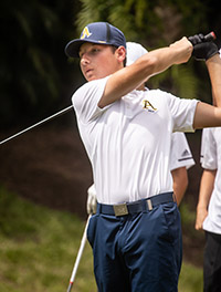 St. Thomas Aquinas High's Brett Roberts won the Class 3A boys individual championship with a 9-under 135.