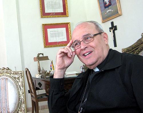 Foto de archivo del Cardenal Jaime Ortega durante una entrevista en su despacho en La Habana.