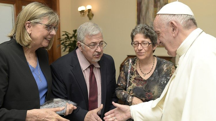 Dale Recinella and his wife Susan, left, meet with Pope Francis at the Vatican.