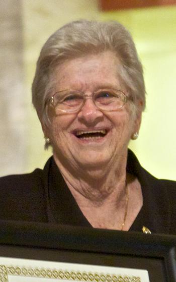 Myrna Gallagher creó el retiro de Emaús, que ha cambiado la vida espiritual de miles de personas. Murió el 15 de octubre de 2020, a la edad de 83 años.