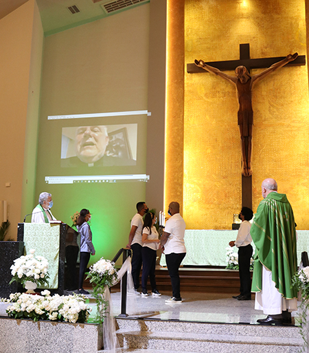 In a video message, Archbishop Thomas Wenski congratulated Corpus Christi community for the new station Corpus Radio, and he wished them much success.