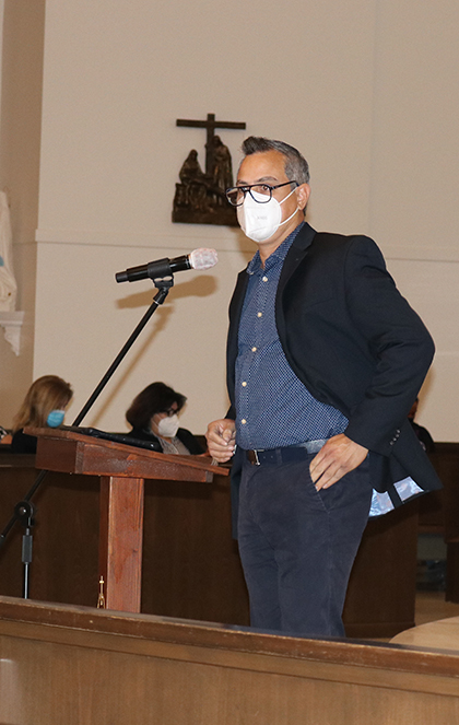 Lawyer Miguel Mora of Catholic Legal Services explains the workings of Deferred Enforced Departure (DED) to Venezuelans gathered at Our Lady of Guadalupe Church in Doral, Jan. 27, 2021.