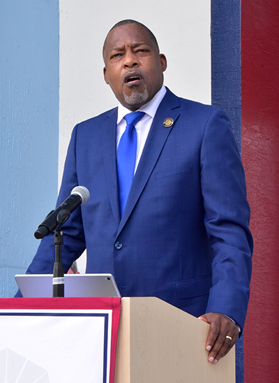 Mayor Rodney Harris of Miami Gardens addresses a media conference March 2, 2021 honoring an alumnus of St. Thomas University who took action against an anti-Semitic graffito.