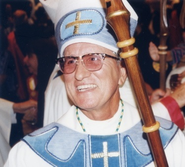 Bishop Gilberto Fernandez at his episcopal ordination in 1997. His viewing will take place at St. John Vianney Seminary on Sunday, Oct. 2, from 6 to 10 p.m. and on Monday, Oct. 3, from 9 to 10:45 a.m. at St. Mary Cathedral. Funeral Mass will take place Monday at 11 a.m. at the cathedral, celebrated by Bishop Fernandez's