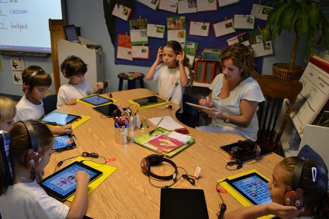 Students and teachers at St. Agnes Academy in Key Biscayne are using iPad applications to enhance learning.