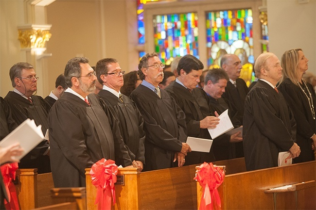Broward judges sit in the front pews at St. Anthony during the 25th annual Red Mass June 4.