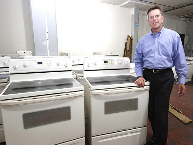 Adom Kitchen Appliances Free For The Taking